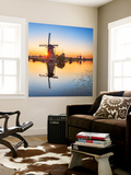 Netherlands, South Holland, Kinderdijk. Windmills Fototapete von Francesco Iacobelli