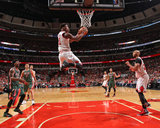 Milwaukee Bucks v Chicago Bulls- Game One Photographie par Gary Dineen