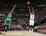 Boston Celtics v Cleveland Cavaliers- Game Two Foto af Brian Babineau