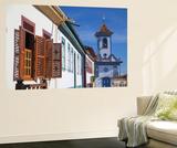 Colonial Architecture and Church of Amparo, Diamantina (Unesco World Heritage Site), Minas Gerais Fototapete von Ian Trower