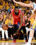 Houston Rockets v Golden State Warriors - Game One Photographie par Andrew D Bernstein