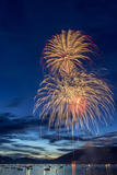 5th of July Fireworks over Whitefish Lake in Whitefish, Montana Stampa fotografica di Chuck Haney
