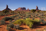 Navajo Nation, Monument Valley, Landscape of Mitten Rock Formations Reproduction photographique par David Wall