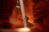 Navajo Nation, Shaft of Light and Eroded Sandstone in Antelope Canyon Reproduction photographique par David Wall