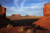 Utah. Arizona Border, Navajo Nation, Late Light on Monument Valley Reproduction photographique par David Wall
