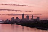 Silhouette of Downtown Cleveland Reproduction photographique par  benkrut