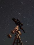Two Iridium Satellites Flare in the Night Sky over a Telescope Fotografie-Druck von Babak Tafreshi