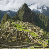 The Historic Inca Site Machu Picchu; Peru Reproduction photographique par  Design Pics Inc