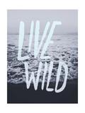 Live Wild Ocean Giclée-Druck von Leah Flores