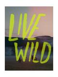 Live Wild Elk Giclée-Druck von Leah Flores