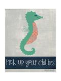 Pick Up Your Clothes Art par Katie Doucette