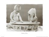 Bebés durante el baño Láminas