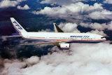 Avion Boeing 777-200 en vol Affiches
