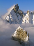 Noire de Peuterey and La Brenva Peaks at Dawn Fotografie-Druck von S. Vannini