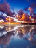 Sky Reflected in the Water at Sunset Fotografie-Druck von Gabriele Maltinti