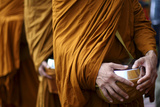 Monks Carry Bowls to Collect Food and Money for the Poor in Magelang Reproduction photographique par Dwi Oblo