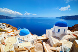 Oia Town on Santorini Island, Greece. Aegean Sea Reproduction photographique par Michal Bednarek