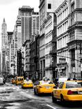 NYC Yellow Taxis / Cabs on Broadway Avenue in Manhattan - New York City - United States Metalltrykk av Philippe Hugonnard