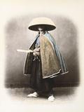 A Japanese Samurai in Traditional Costume, C.1868 (Hand Tinted Albumen Print) Lámina fotográfica por Felice Beato