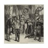 Searching for Arms at Versailles Reproduction procédé giclée par Frederick Barnard