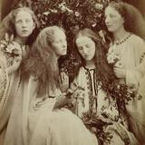 The Rose Bud Garden of Girls Lámina fotográfica por Julia Margaret Cameron