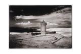 Doonagore Tower, Co. Clare, Ireland Giclée-Druck von Simon Marsden