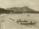 Native Hawaiian Canoe Surfers at Diamond Head, C.1890S Fotografisk trykk