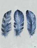 Indigo Blue Feathers II Kunstdrucke von Patricia Pinto