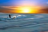 Coastal Scene with Surfer Fotografisk trykk av Josh Adamski