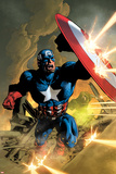 Secret Avengers No.12 Cover: Captain America Fighting with his Shield Poster di Mike Deodato