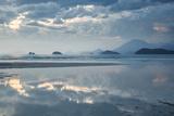 Sunset on Praia Da Fazenda Beach Impressão fotográfica por Alex Saberi