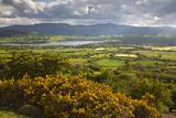 View over Llangorse Lake to Pen Y Fan from Mynydd Troed Reproduction photographique par Stuart Black