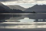 Ullswater, Little Island in November, Lake District National Park, Cumbria, England, UK Lámina fotográfica por James Emmerson