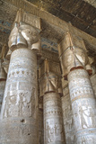 Hathor-Headed Columns, Hypostyle Hall, Temple of Hathor, Dendera, Egypt, North Africa, Africa Impressão fotográfica por Richard Maschmeyer