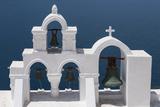 Church Bells, Oia, Santorini, Cyclades, Greek Islands, Greece Impressão fotográfica por Rolf Richardson