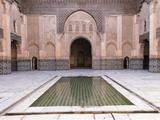 Central Courtyard and Pool, Medersa Ali Ben Youssef, Medina, Marrakesh, Morocco Fotografisk tryk af Stephen Studd
