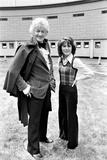 Elisabeth Sladen with Jon Pertwee at the BBC Television Centre Fotografisk tryk af Tom King