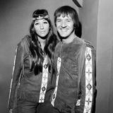 Sonny and Cher, 1966 Fotografie-Druck von Eric Harlow