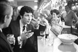 Tom Jones has a drink 1965 Fotografie-Druck von  Davies