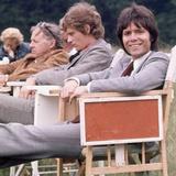 Cliff Richard and Anthony Andrews 1973 Fotografisk tryk af  Staff