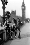 American band ' Kiss' Houses of Parliament, 1976 Fotografisk tryk af Kent Gavin
