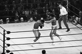 Muhammad Ali Vs Joe Frazier 1971 Fotografie-Druck von Monte Fresco