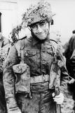 John Lennon dressed in army uniform 1966 Fotografisk trykk av  Staff