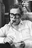 Michael Caine Giving an Interview in 1981 Valokuvavedos tekijänä Alan Olley