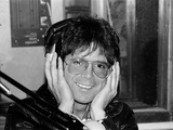 Cliff Richard at Capital Radio to Raise Money for London Children. 10th April 1982 Fotografisk tryk af  Staff