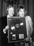 Denis Law and Rod Stewart, 1973 Photographic Print by  Staff