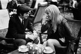 George Best and Girlfriend Fotografisk tryk af Arthur Steel