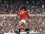George Best Action for Manchester United October 1971 Fotografisk tryk af  Staff