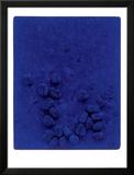Blaues Schwammrelief (Relief Éponge Bleu: RE19), 1958 Print by Yves Klein