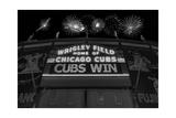 Chicago Cubs Win Fireworks Night BW Fotografie-Druck von Steve Gadomski
